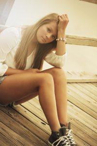 shy-girl-social-anxiety