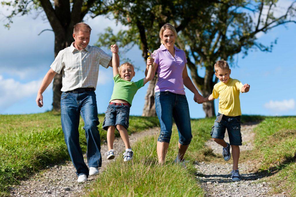 sibling rivalry, sibling, sibling rivalry, co parenting, step parenting, parenting, behavioural issues, children, jealous, jealousy